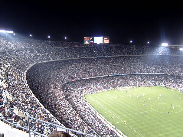 Nou Camp, Barcelona. Europe's largest stadium ( 99 000 seats) will be the theater of one the most anticipated match of the football Season (Credit : Flickr/CC/Will Palmer)